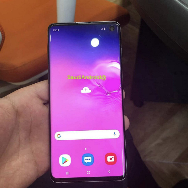 Новые живые фото демонстрируют Samsung Galaxy S10 и S10+ во всей красе