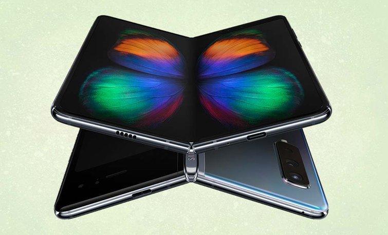 Меньше, чем у Galaxy Fold. Samsung предоставила Apple и Google гибкие экраны